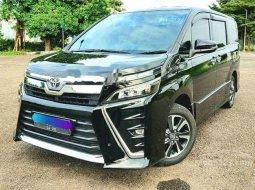 Jawa Barat, Toyota Voxy 2018 kondisi terawat