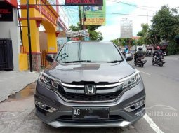 Jual mobil bekas murah Honda CR-V 2.4 Prestige 2015 di Jawa Timur