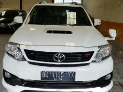 Toyota Fortuner 2.4 G  A/T