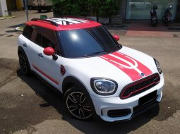 MINI Countryman John Cooper Works 2018 Putih
