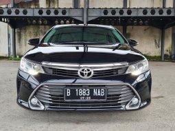 Toyota Camry 2.5 V 2015 Black On Beige Mulus Terawat TDP Paket 75Jt