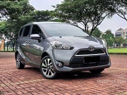 Mobil Toyota Sienta 2017 V terbaik di DKI Jakarta