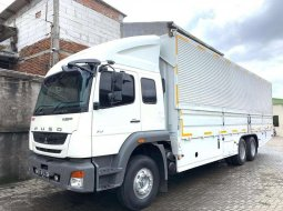 Rental sewa fuso hino tronton 6x2 isuzu giga wingbox wing box wingbok