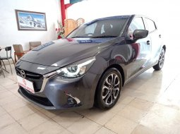 Mazda 2 R Skyactiv CVT AT 2017 Abu Silver Tablet