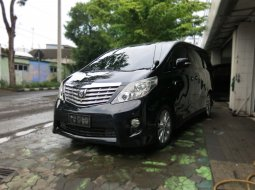 Toyota Alphard S Premium Sound AT Matic 2009