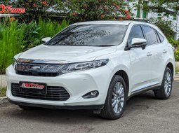 Toyota Harrier 2.0 Advance Heater Seat 2014