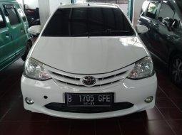 Toyota Etios G 1.2 valco 2013