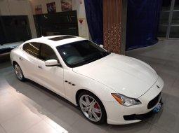 Maserati Quattroporte 3.0 L White on Brown 2017