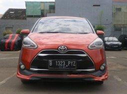 Jual Toyota Sienta Q 2016 harga murah di DKI Jakarta