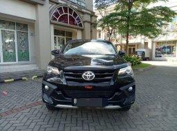 Dijual mobil bekas Toyota Fortuner TRD, Jawa Barat