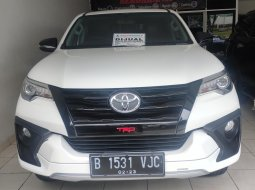 Toyota Fortuner 2.4 TRD AT 2018