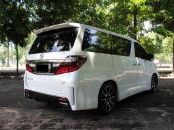 Toyota Alphard 2.4 NA 2013 Putih