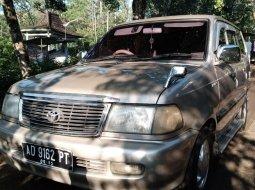 Toyota Kijang LGX 1.8/2000 efi injeksi murah