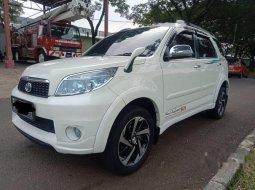 Mobil Toyota Rush 2012 G terbaik di Banten