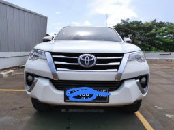Toyota Fortuner 2.4 G AT 2016