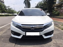 Honda Civic ES 2018
