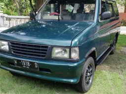 Isuzu Panther 2.3 Manual Hijau