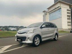 Mobil Toyota Avanza 2015 Veloz terbaik di Banten