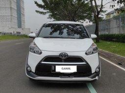 Mobil Toyota Sienta 2017 G terbaik di Banten