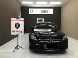 Mercedes-Benz C-Class C200 2019 Hitam