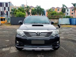 Toyota Fortuner 2.4 TRD AT 2013 Hitam