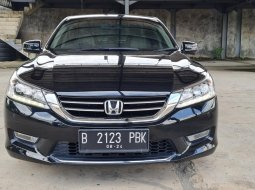 Honda Accord 2.4 VTi-L 2014 Black On Beige Low KM Terawat TDP 45Jt