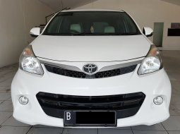 Toyota Avanza Veloz 1.5 AT 2013 DP Ceper