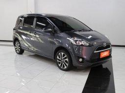 Toyota Sienta V AT 2017 Abu-abu