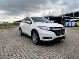 Dijual mobil bekas Honda HR-V E, Jawa Timur