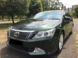 Toyota CAMRY V hijau 2012