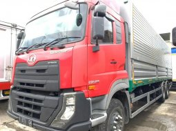 UD Trucks QUESTER Tronton 6x2 CDE280 Wingbox 2015