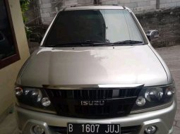 Isuzu Panther GRAND TOURING 2011 SUV
