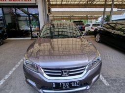 Honda accord VTI-L 2013