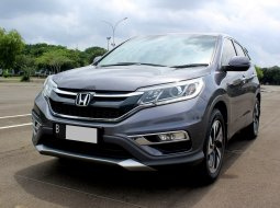 Honda CR-V 2.4 Prestige AUDIO FENDER AT 2016 Abu-abu