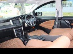 Toyota Kijang Innova 2.0 G 2018 Putih BENSIN