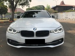 BMW 3 Series 320i Sport 2016 DP MURAH!!