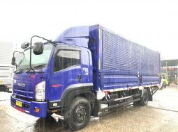 rental sewa truk engkel 6roda Fuso FM517HL hino isuzu giga FTR90P