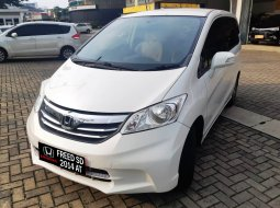 Honda Freed SD 2013 AC Double