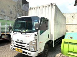 Isuzu elf 125ps NMR71L box besi 2016 NMR 71 L 125 ps cdd long 6 roda