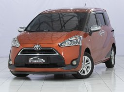 TOYOTA SIENTA G MT ORANGE 2016
