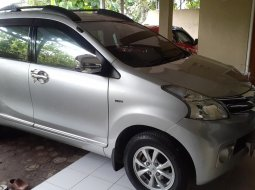 toyota avanza dobel air bag