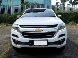 Chevrolet Trailblazer LTZ diesel AT 2017 Putih PEMAKAIAN 2018
