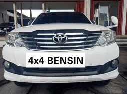 Toyota Fortuner V AT TH 2012 4x4 bensin