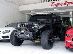 Jawa Timur, Jeep Wrangler Sport CRD Unlimited 2014 kondisi terawat