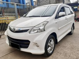 Toyota Avanza Veloz  1.5 2013 AT DP15