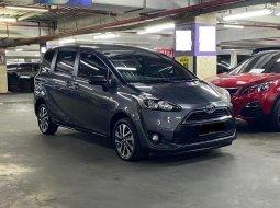 Jual mobil bekas murah Toyota Sienta V 2017 di DKI Jakarta