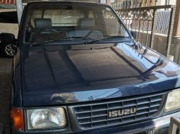 isuzu panther full box manual