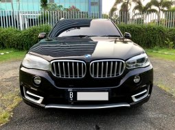 BMW X5 3.5 BENSIN AT REDWINE 2015