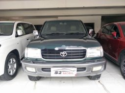 Mobil Toyota Land Cruiser 2000 4.2 VX terbaik di Jawa Timur