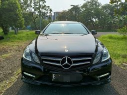 Mercedes-Benz E-Class E250  2013 Hitam